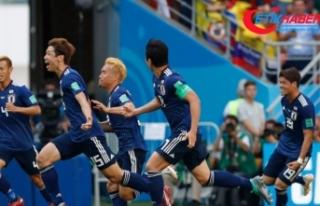 Japonya, 10 kişi kalan Kolombiya'yı mağlup...