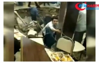 Restoranın Ortası Çöktü, İftara Gelen Vatandaşlar...