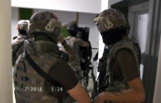 4 ilde uyuşturucu tacirlerine operasyon: 79 gözaltı