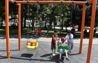Başkentte çocuk oyun alanlarına 24 saat kameralı...