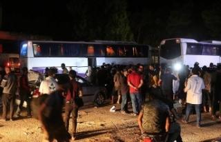Dera'dan ilk tahliye konvoyu Hama'ya ulaştı