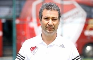 Elazığspor'un teknik direktör Kaynak: Elazığspor...