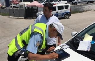 Engelli yollarına park edenlere ceza