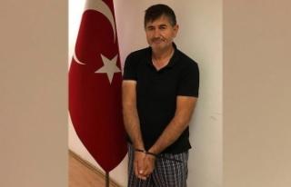 FETÖ'nün 'sosyal medya uzmanı' Türkiye'ye...