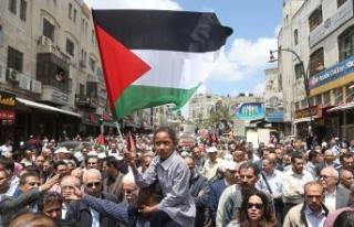 Filistinliler İsrail'in alıkoyduğu cenazelerini...