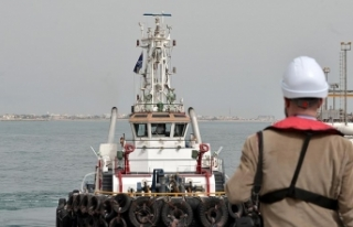 İran Hürmüz Boğazı yakınlarında kaçak akaryakıt...