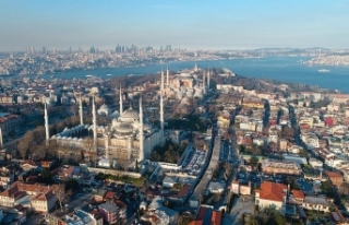 İstanbul'da turiste yüksek hesaba 2 milyon...