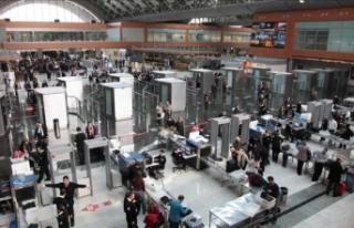 İstanbul havalimanlarında yolcu sayısı yüzde...