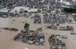 Japonya'daki selde ölü sayısı 176'ya...