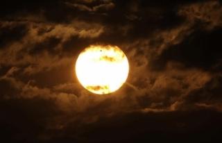 """""""Afrika sıcakları""""nda güneş yanıklarına..."""