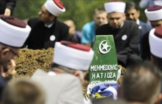 Srebrenitsa annesi Mehmedovic son yolculuğuna uğurlandı