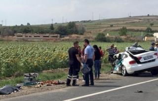 Tekirdağ'da hatalı sollama kazası: 3 ölü
