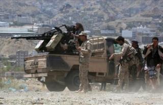 Yemen'de hükümet güçleri ile Husiler arasında...