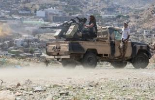 Husiler'den Suudi Arabistan'a hava saldırısı