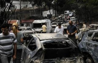 Yunanistan'daki yangında ölü sayısı artıyor