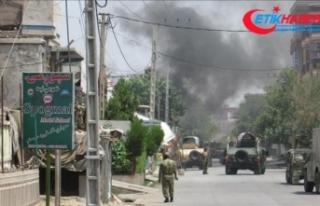 Afganistan'da cuma namazı sırasında intihar...