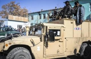 Afganistan'da Taliban tarihi Gazne kentine saldırdı