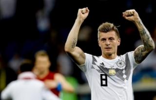 Almanya'da yılın futbolcusu Toni Kroos