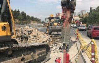Ankara'da köprülü kavşak çalışmasında...