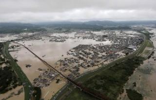 Asya'da doğal afetler temmuzda 1000'den...