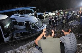 Bayram tatilinin ilk gününde trafik kazaları 19...