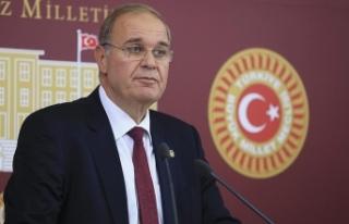 CHP Sözcüsü Öztrak: Milletimizle omuz omuza bunun...