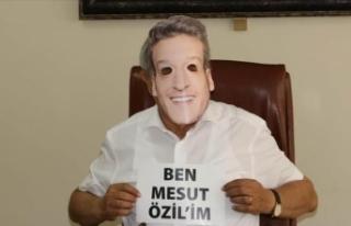Devrekli hemşehrileri 'Mesut Özil' maskeleriyle...