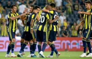 Fenerbahçe sezona evinde iyi başlıyor