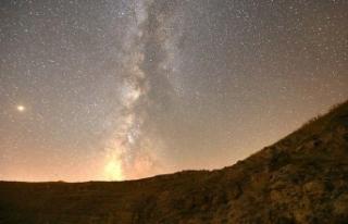 Gökyüzünde meteor yağmuru şenliği var
