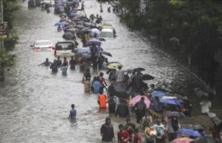 Hindistan'daki şiddetli yağışlarda 29 kişi...