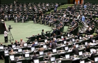İran Ekonomi ve Maliye Bakanı Kerbasiyan azledildi
