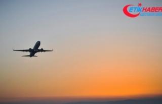 İstanbul'da uçaklar ortalama 121 yolcuyla iniş...
