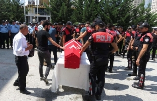 Kazada hayatını kaybeden polis son yolculuğuna...