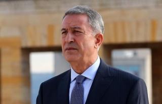 Milli Savunma Bakanı Akar'a Bosna Hersek'te...