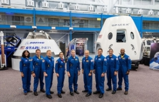 NASA ilk ticari insanlı uzay uçuşlarının astronot...