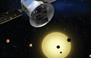 NASA'nın öte gezegen uydusu kuyruklu yıldızı...