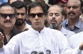 Pakistan'da başbakan seçilen İmran Han'dan...