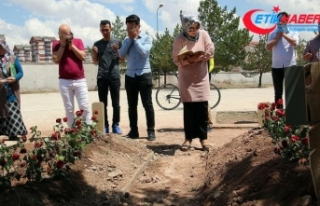 PKK'nın katlettiği anne ve bebeğinin mezarına...