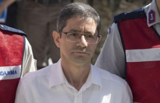 Sivil imam Batmaz, Akın İpek'in otelinde konaklamış