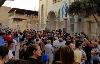 Suriyeli Hristiyanlar, YPG/PKK'nın okullarını...