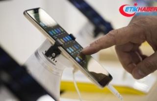 Türkiye'deki cep telefonu pazarı 2,5 milyar...