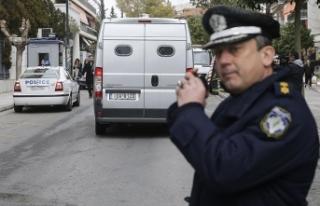 Yunanistan'dan teröristlere 'iade'...