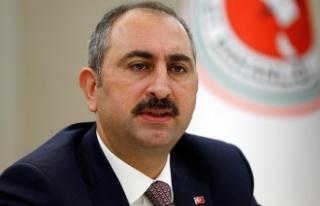 Adalet Bakanı Gül: Artık darbeye selam duran yargı...