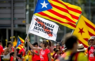Katalonya'da İspanya karşıtı gösteri: 77...