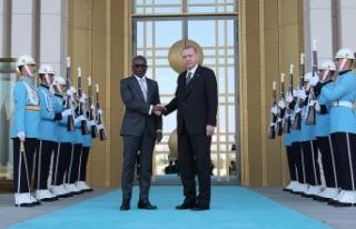 Erdoğan, Benin Cumhurbaşkanı Talon ile görüştü