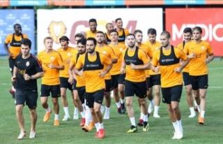 Galatasaray'da gözler Şampiyonlar Ligi'ne...