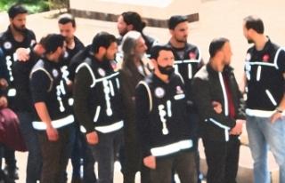 İstanbul ve Ankara merkezli FETÖ operasyonları:...