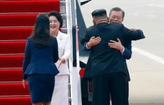Kuzey Kore lideri Kim'den Güney Kore Başkanı...