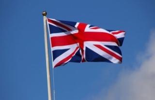 Londra'da cami önündeki yayalara araçlı saldırıya...