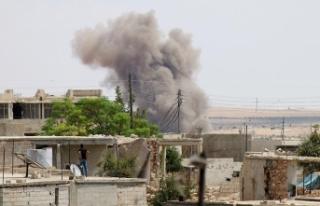 Rejim ve destekçileri İdlib'e saldırmaya devam...